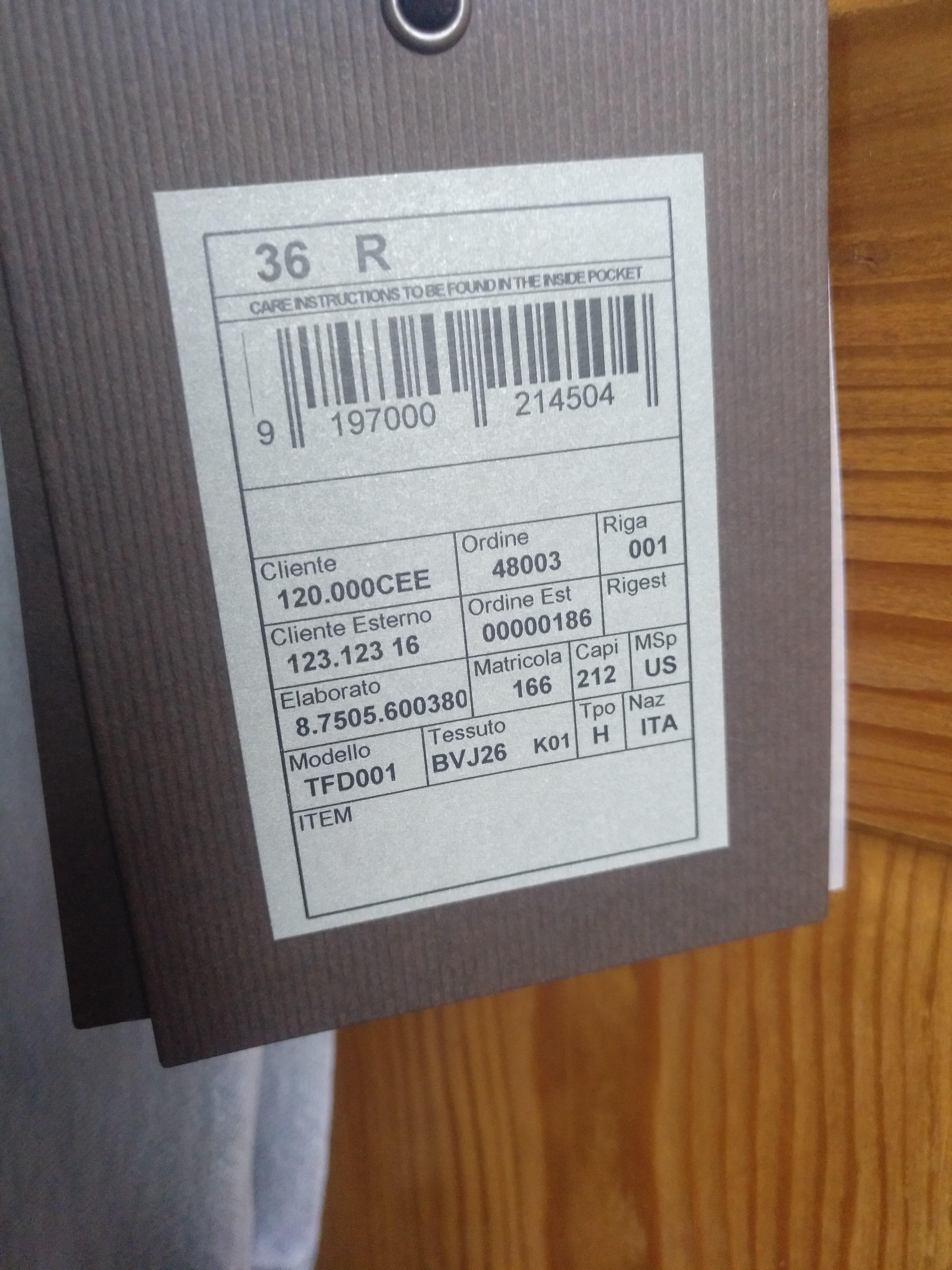 GKBJ9D7OSM64.jpg