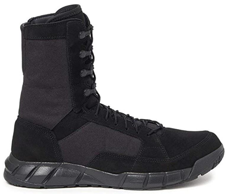 Oakley boots.jpg