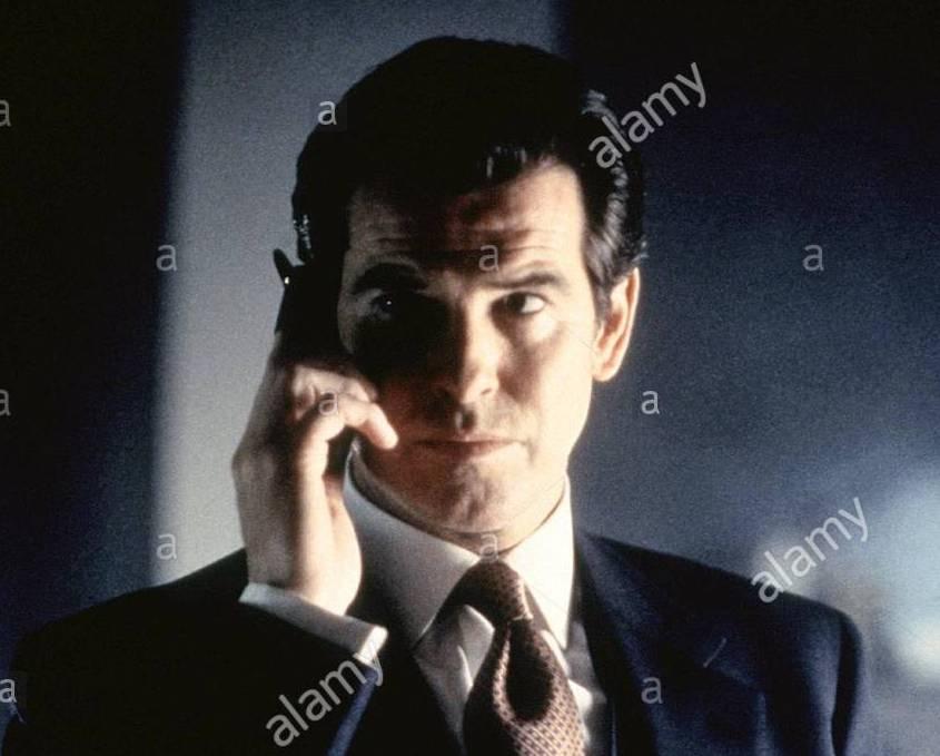 pierce-brosnan-james-bond-tomorrow-never-dies-1997-HEHEER.jpg